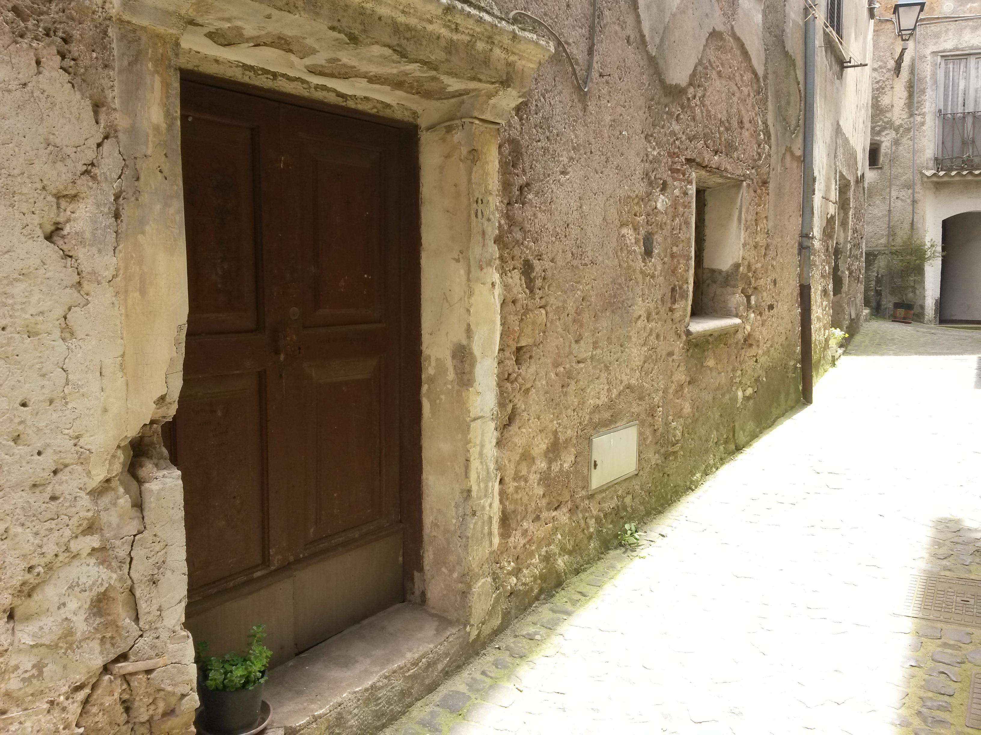 Giuliano di Roma, 2 locali 45 mq nel borgo antico