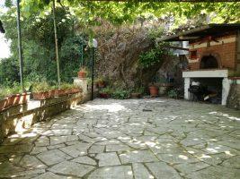 Supino, 35.000 €,  2 appartamenti con giardino