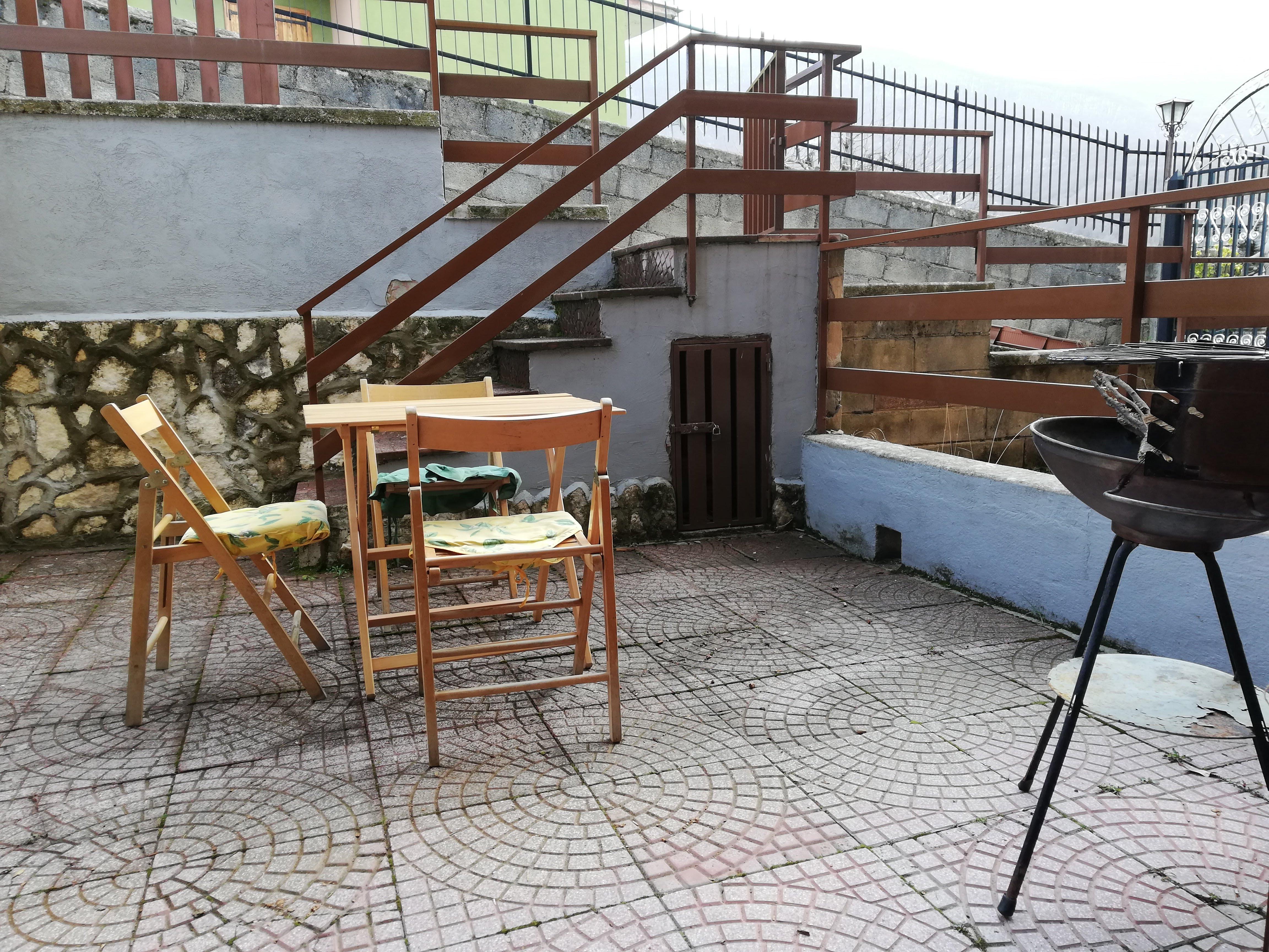 Filettino, 2 locali centrali con giardino!