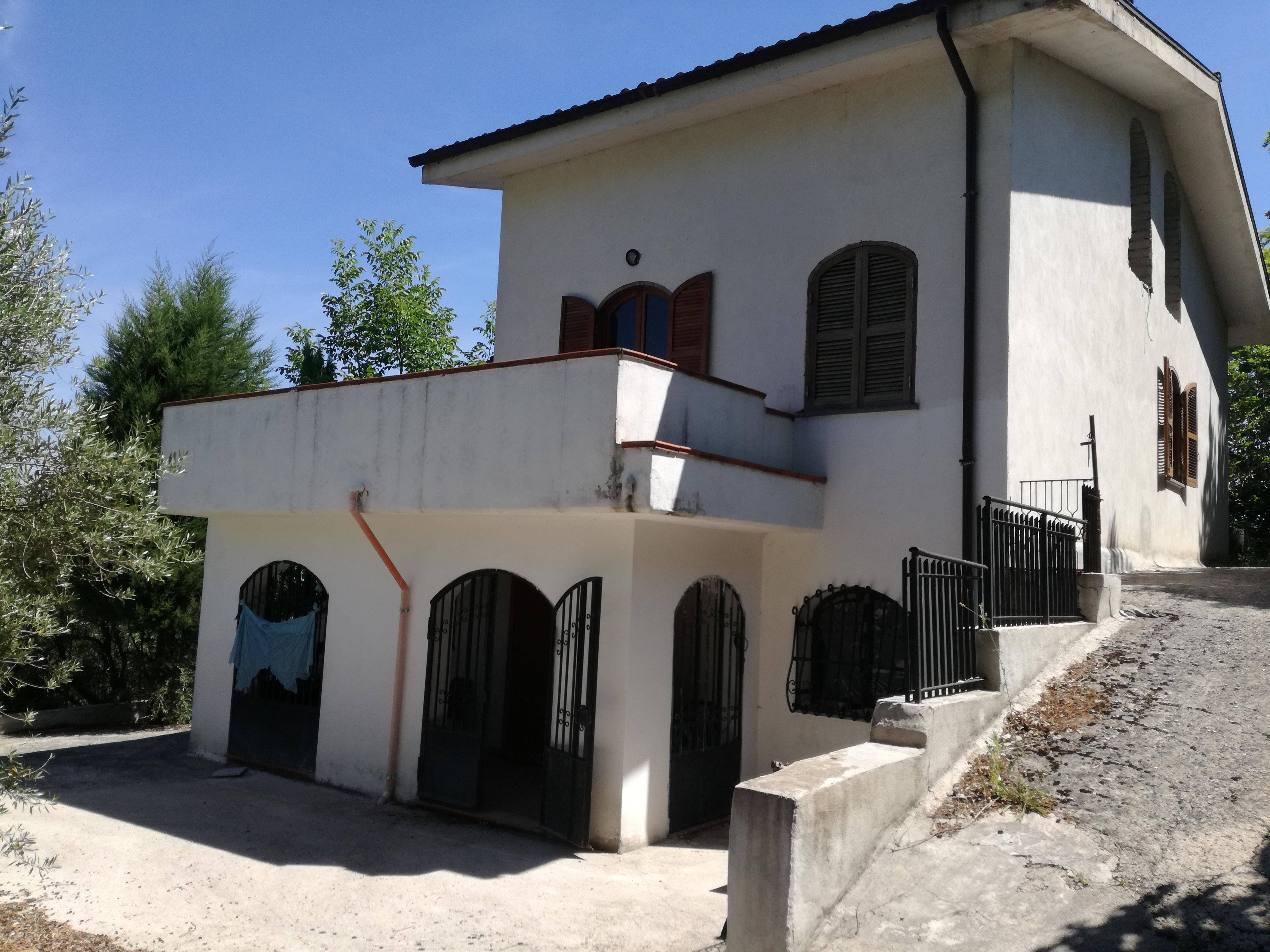 Sgurgola, villa indipendente 150 mq