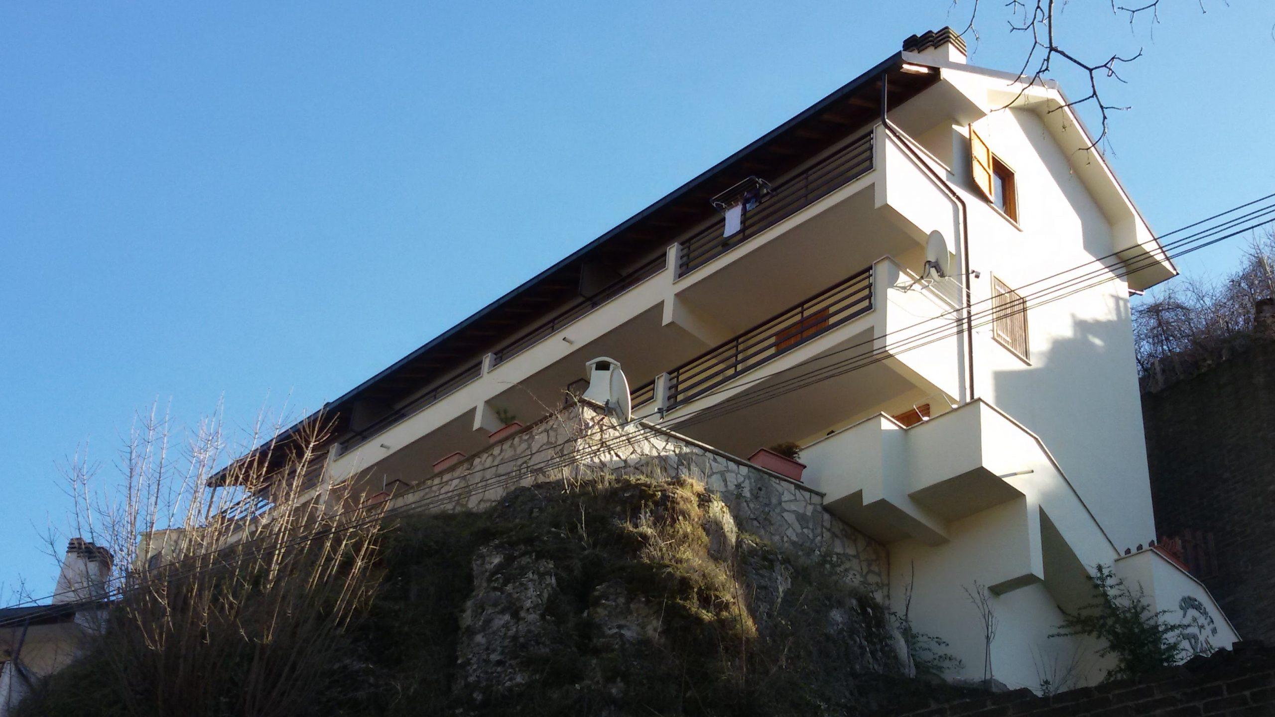Filettino - Bilocale panoramico e centrale